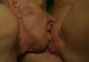 Grandpa licks a wide-opened pussy